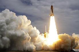 最後のスペースシャトル「アトランティス」