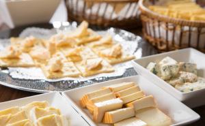 何種類ものチーズが楽しめる チーズコーナー